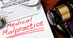 What to Consider Before Filing a Medical Malpractice Lawsuit